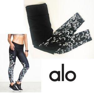 Alo Yoga butterfly black leggings- Full Length M